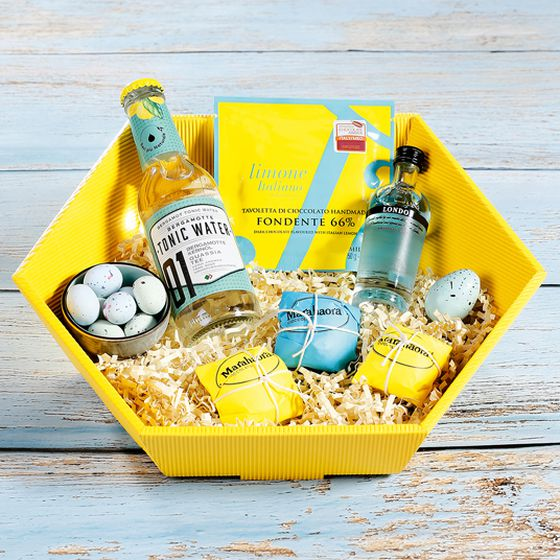 Frühling/ Sommer 2021 Geschenkkorb Offene Welle in gelb und türkis mit Gin und Tonic