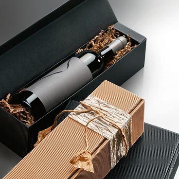 Geschenkverpackungen Offene Welle in natura und anthrazit für Weinflasche