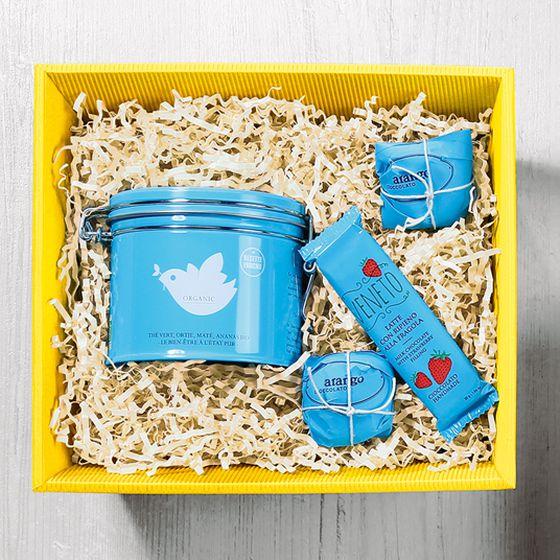 Spring/Summer 2021 gift basket, rectangular, in yellow with organic tea