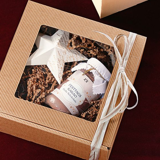 Medium-sized gift box, single-face board, natural colour, with window